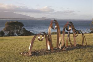 Sculpture Bermagui - eAccommodation