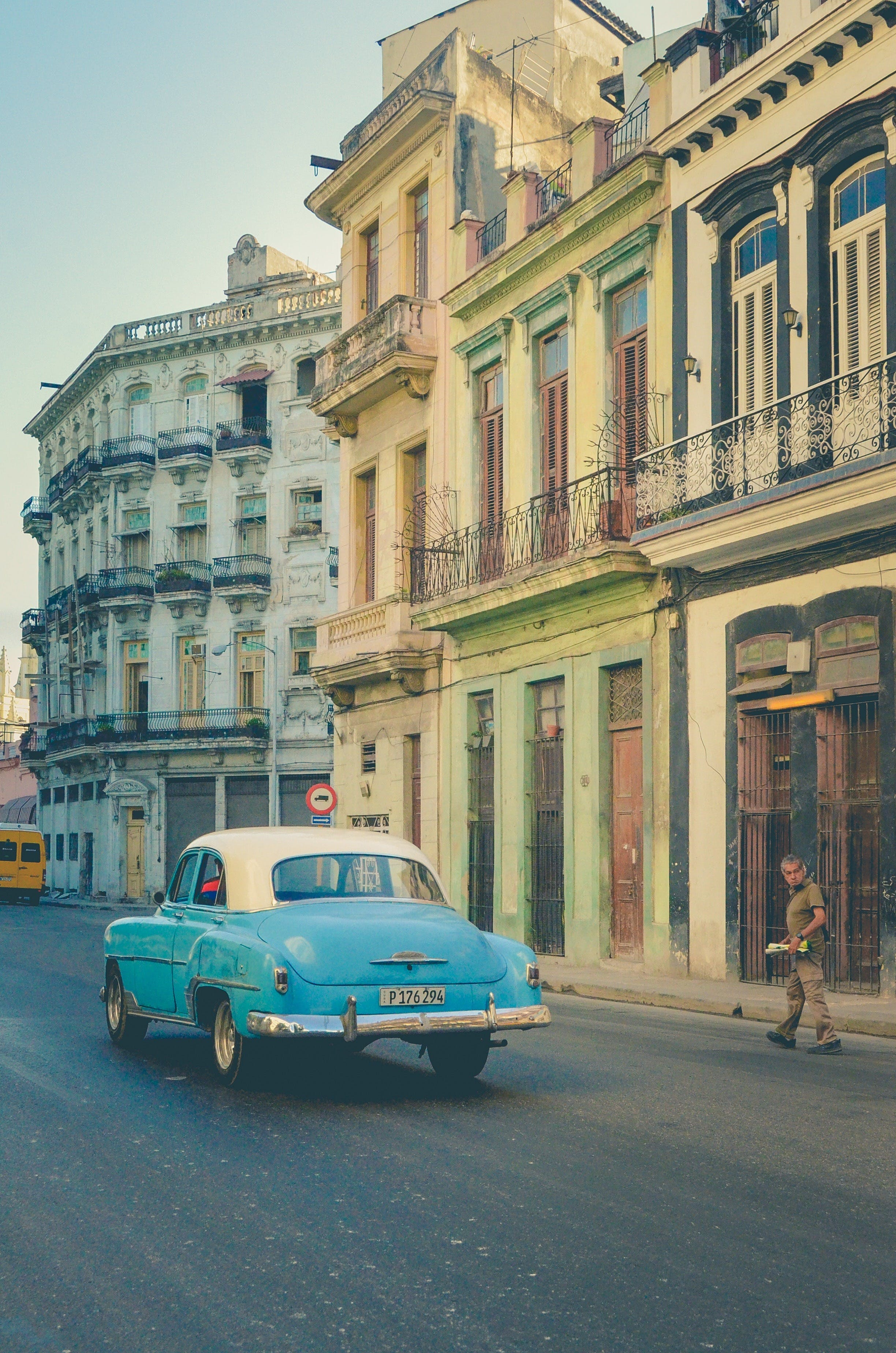 Havana Nights - eAccommodation