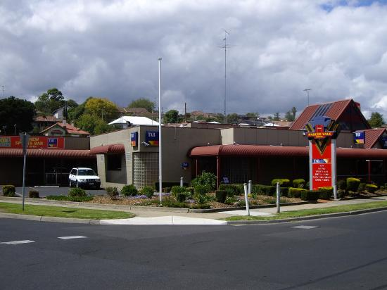 Pascoe Vale Hotel - eAccommodation