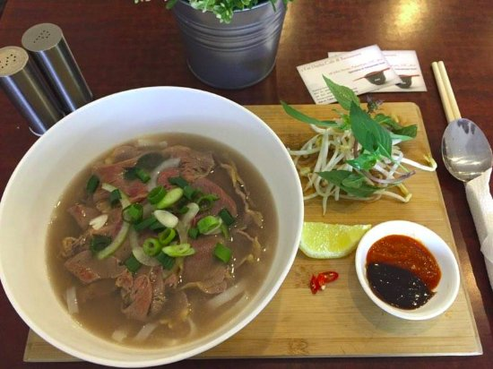 2 Fat Ducks - Vietnamese Cuisine - eAccommodation