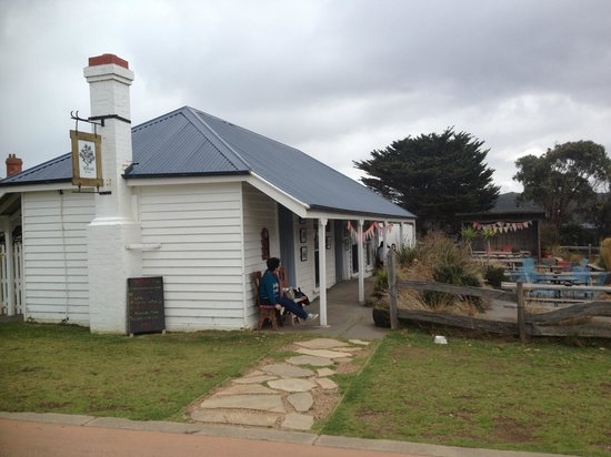 Willows Tea House - eAccommodation