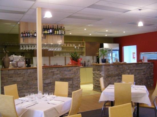 Rose's Lebanese Restaurant - eAccommodation