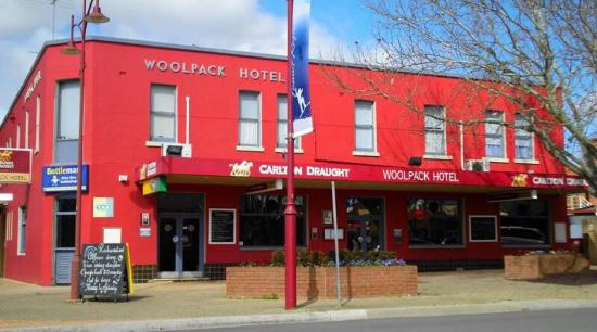 Woolpack Hotel Tumut - eAccommodation