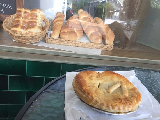 Denman Pie Shop Bakery - eAccommodation