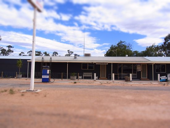 Coombah Roadhouse - eAccommodation