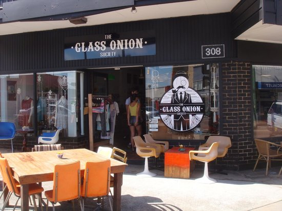 The Glass Onion Society - eAccommodation