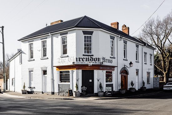 Clarendon Arms Hotel - eAccommodation