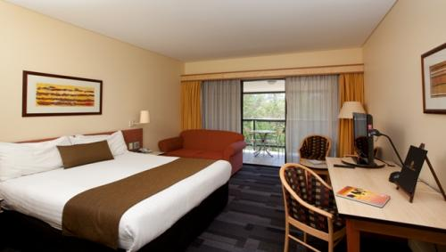 Alice Springs ResortMercure - eAccommodation