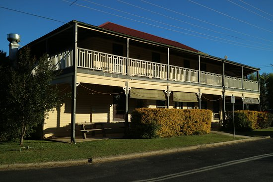Brushgrove Hotel - eAccommodation