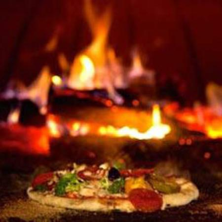 Jens Woodfired Pizzas - eAccommodation