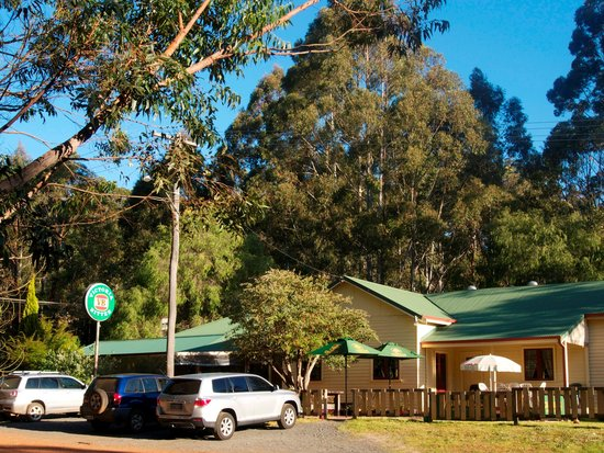 Quinninup Tavern and Restaurant - eAccommodation