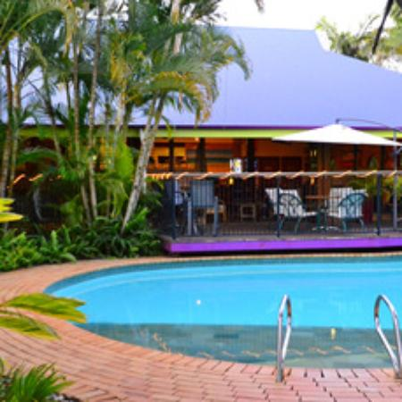 Coochie Island Beach Resort Restaurant - eAccommodation