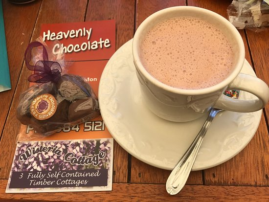Stanthorpe's Heavenly Chocolate at Wisteria Cottage - eAccommodation