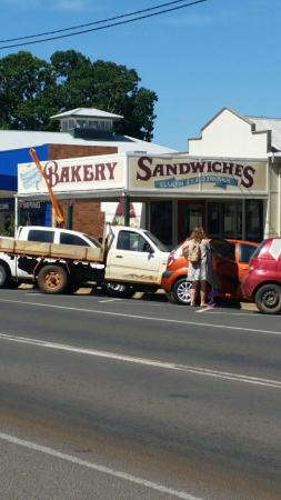 Gayndah Country Bakery - eAccommodation