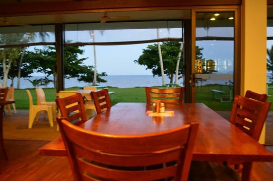 King Reef Hotel Restaurant - eAccommodation