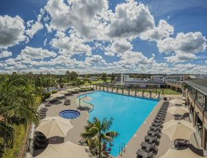 Crowne Plaza Hunter Valley - eAccommodation