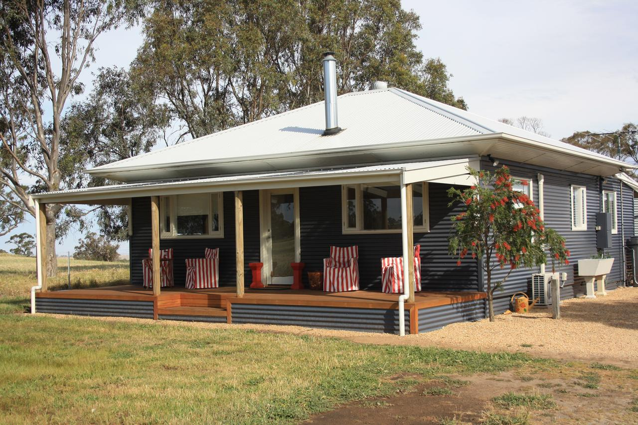 Rabbiters Hut - eAccommodation