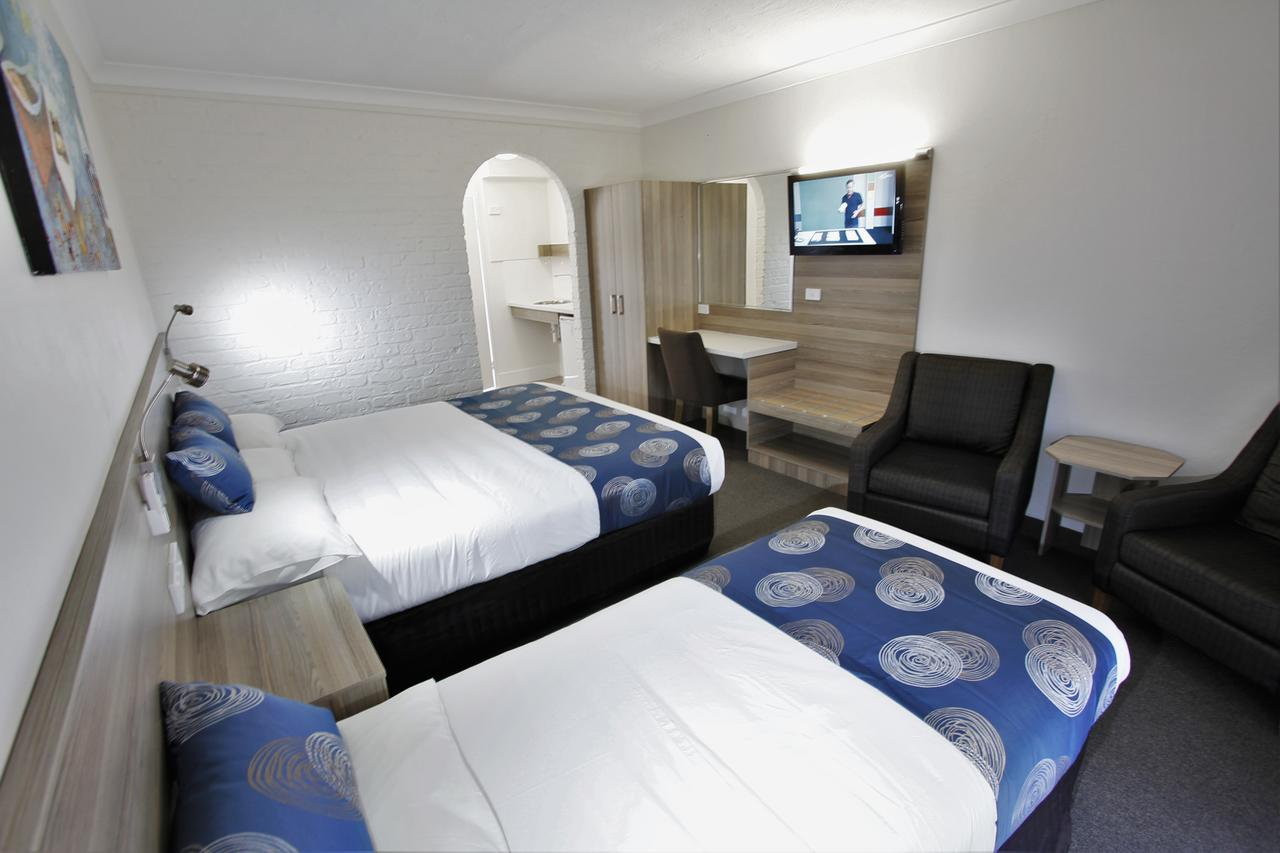 Aston Motel Yamba - eAccommodation