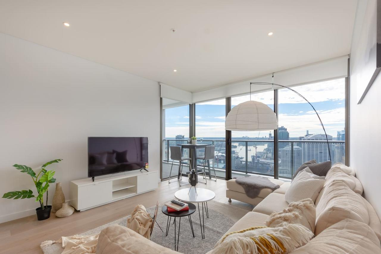 High Rise apt in Heart of Sydney wt Harbour View - eAccommodation
