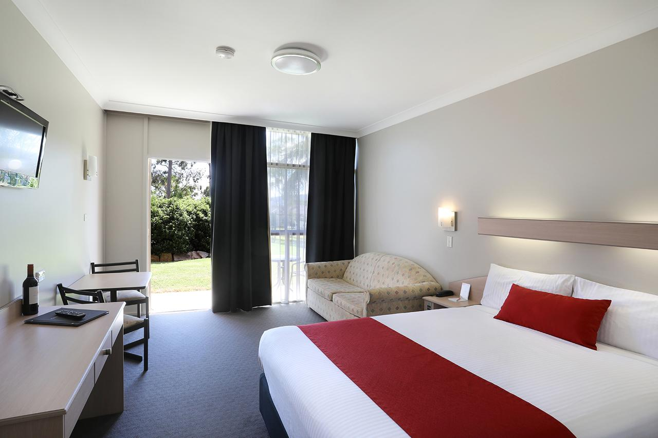 Econo Lodge Tamworth - eAccommodation