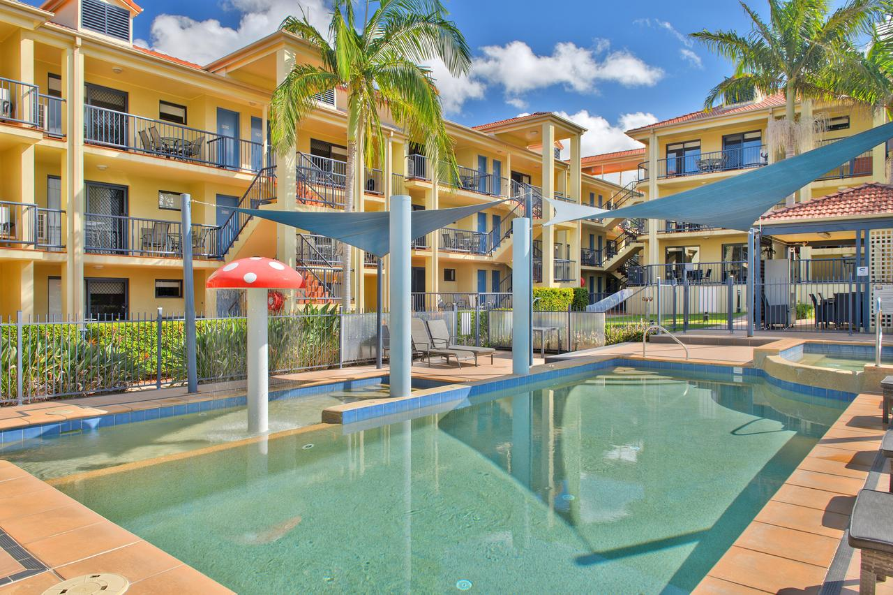South Pacific Apartments - eAccommodation