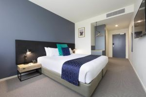 Mantra MacArthur Hotel - eAccommodation