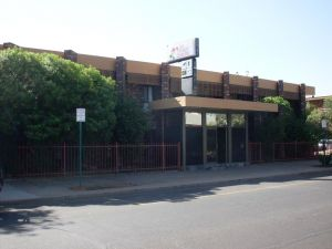 Desert Rose Inn Alice Springs - eAccommodation