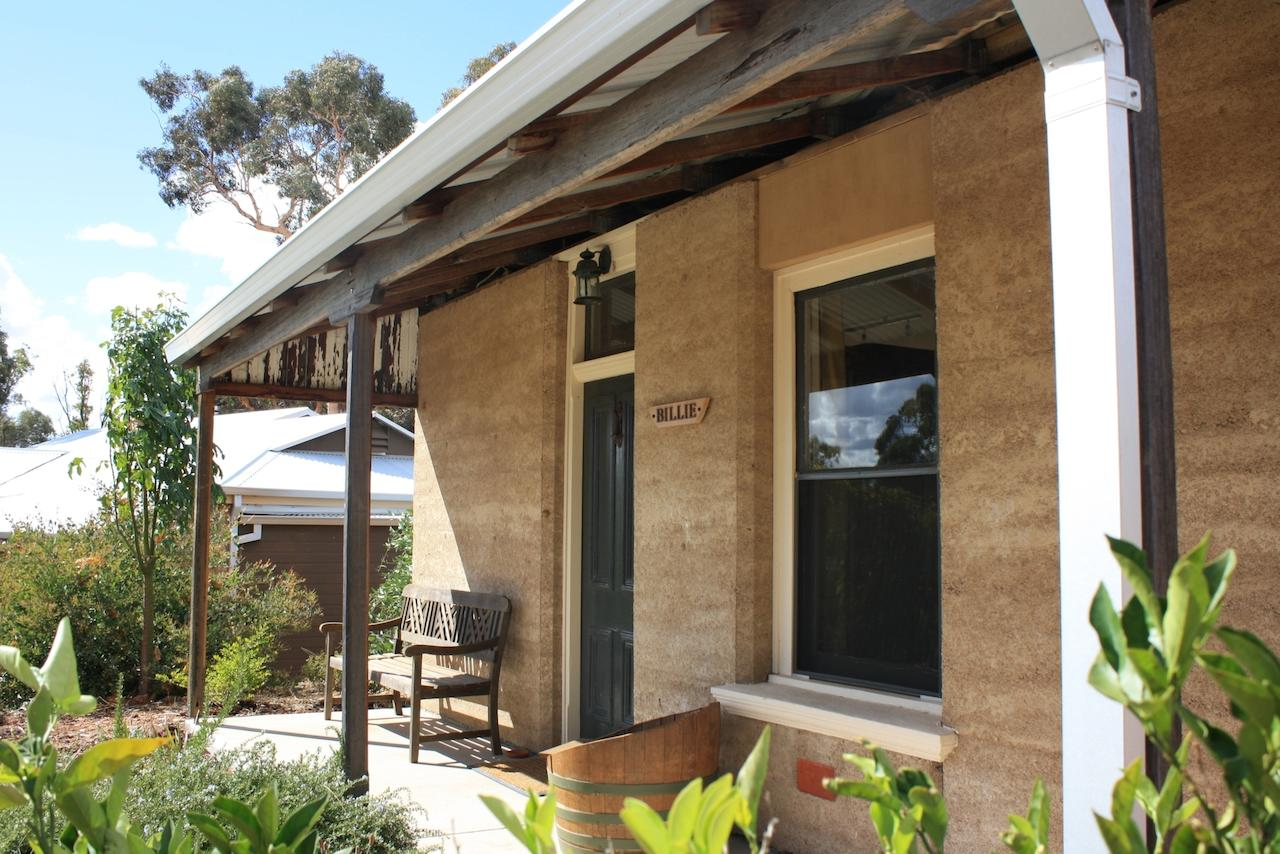 Hotham Ridge Winery and Cottages - eAccommodation