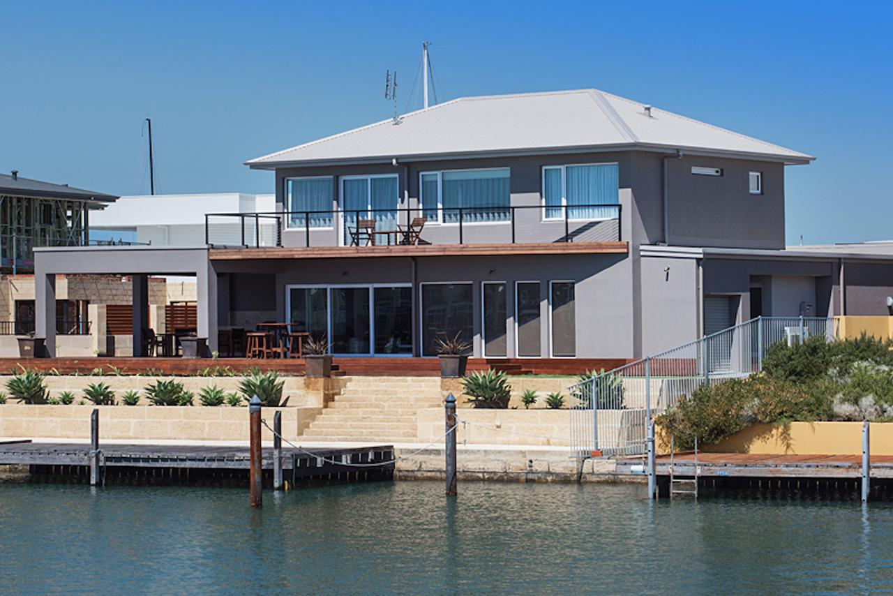 Oceans Edge - Busselton - eAccommodation