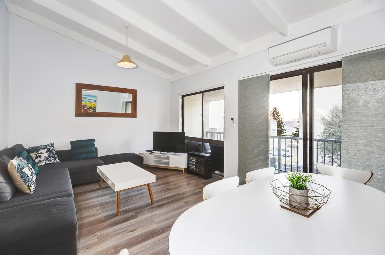 West Beach Lagoon 221 – Stylish Apartment! - eAccommodation