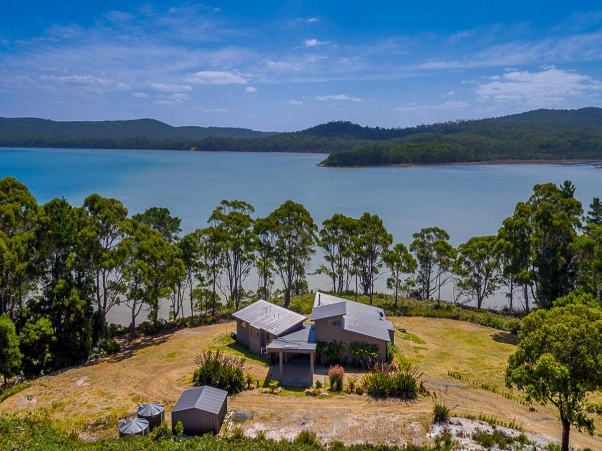 Cloudy Bay Lagoon Estate - eAccommodation