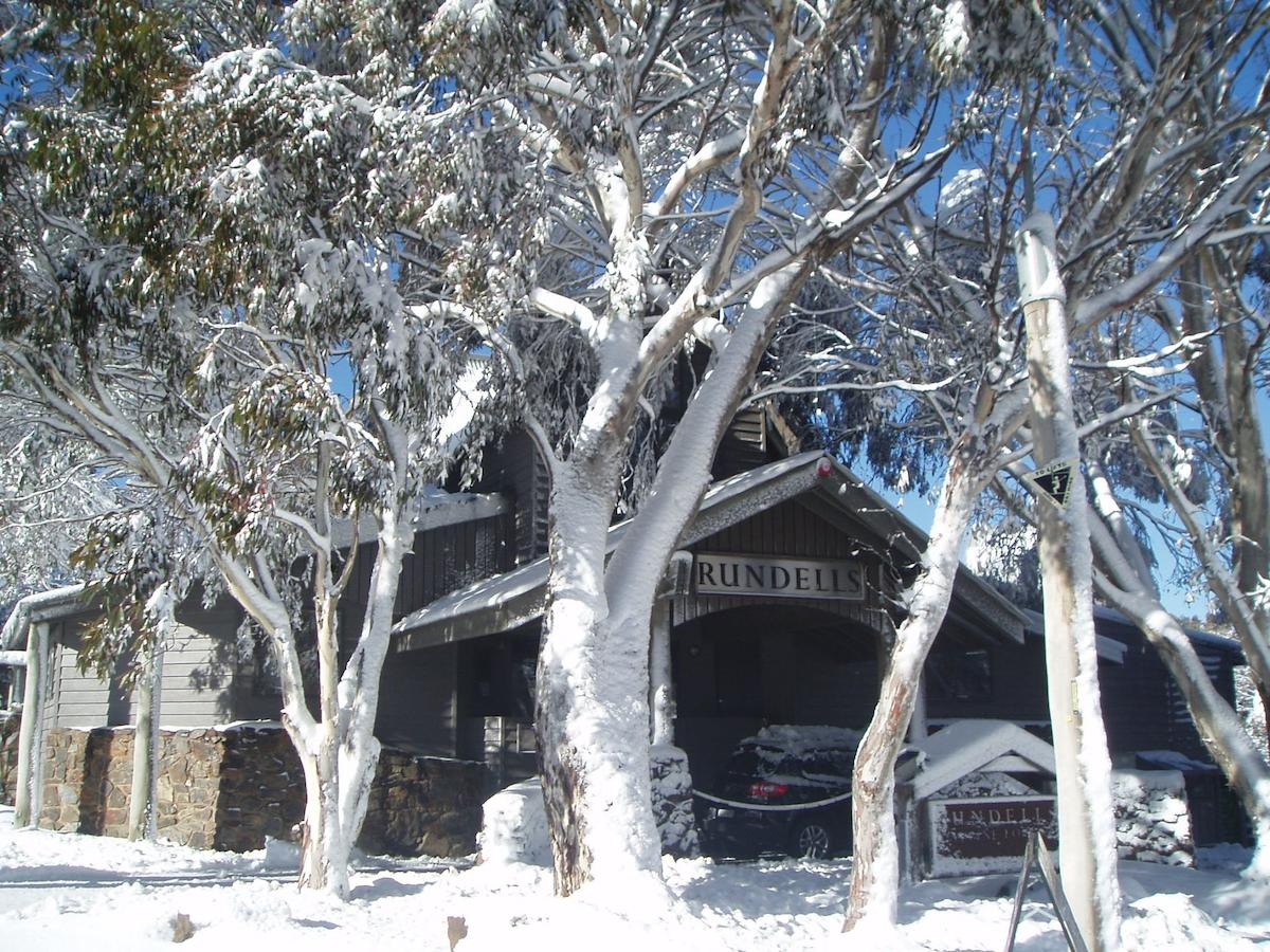 Ramada Resort by Wyndham Dinner Plain Mt Hotham - eAccommodation