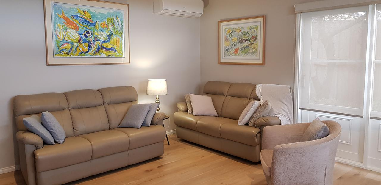 Oxford Rise Apartment - eAccommodation