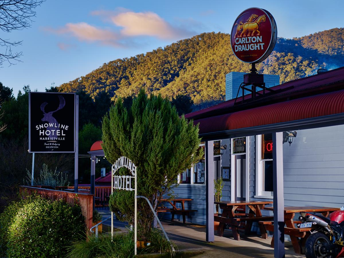 The Harrietville Snowline Hotel - eAccommodation