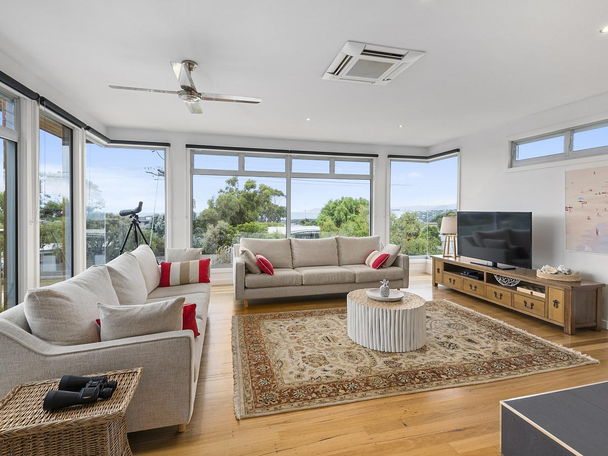 Aireys Ocean View - eAccommodation