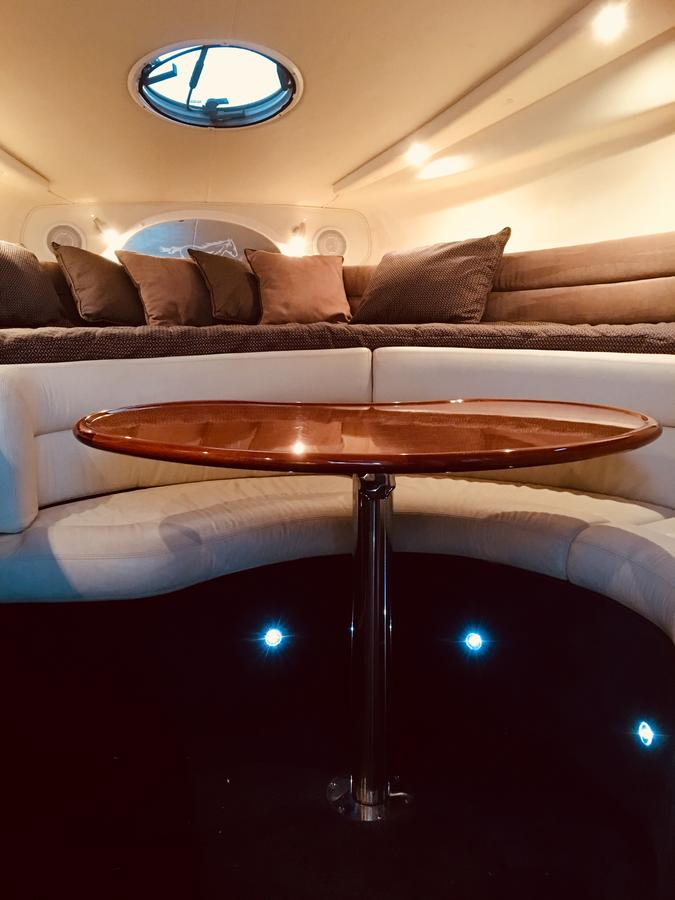 Luxury on the water Private luxurious boat - eAccommodation