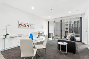 Astra Apartments Wollongong CBD - eAccommodation