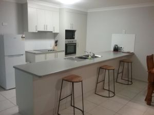 Banksia and Acacia Apartments - eAccommodation